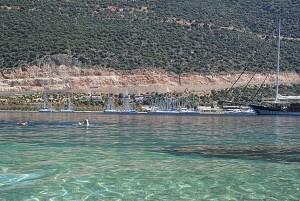 Ganz entspannt durch's Wasser ziehen (c) MediterraSwimming